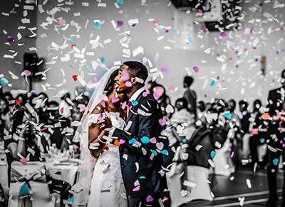 confetti toss wedding 400