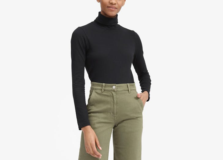everlane black turtleneck t shirt