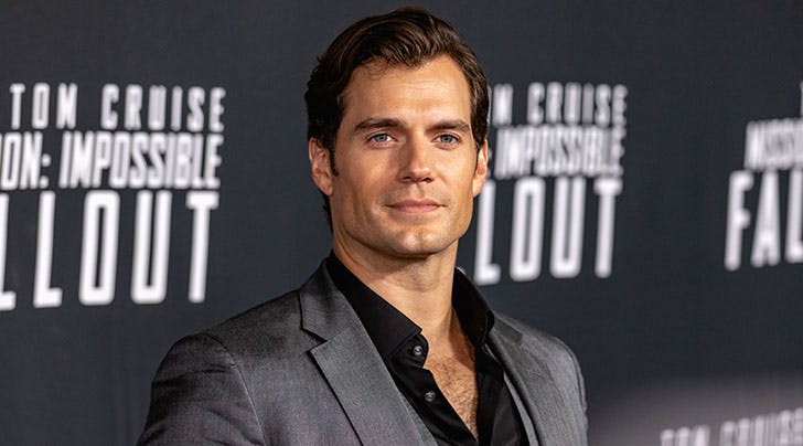 Henry Cavill to Star as a Monster Hunter in New Netflix Show