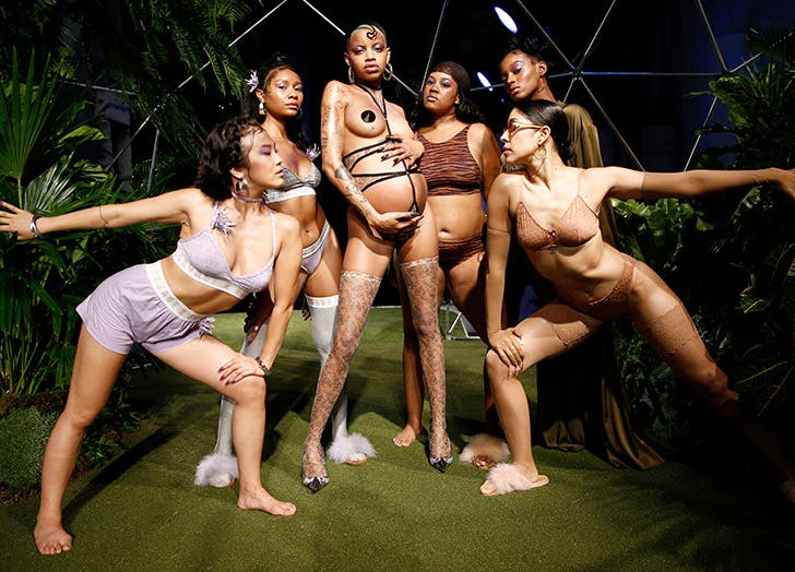 rihanna fenty show models