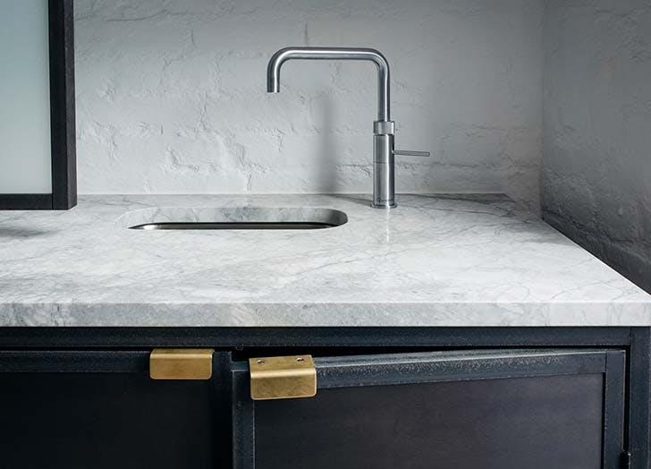 silver sink brass ulls