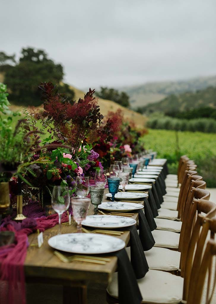 vineyard wedding tablescaep