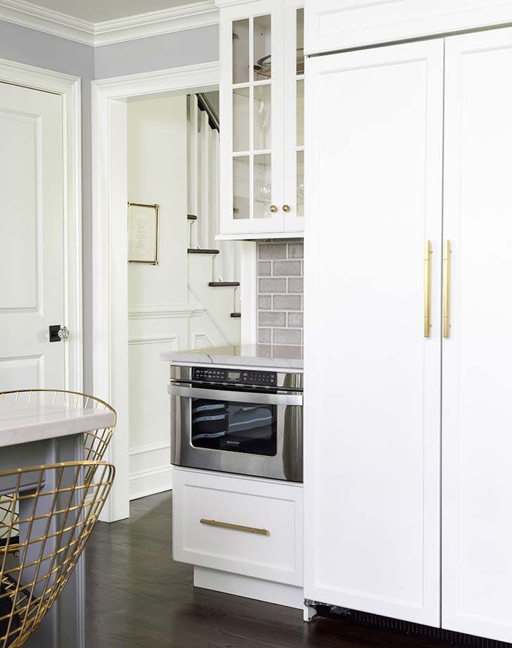 white kitchen brass pulls