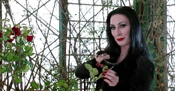 We Need to Talk About Morticia Addams' Healthy Attitude Toward Sex, Marriage and Motherhood