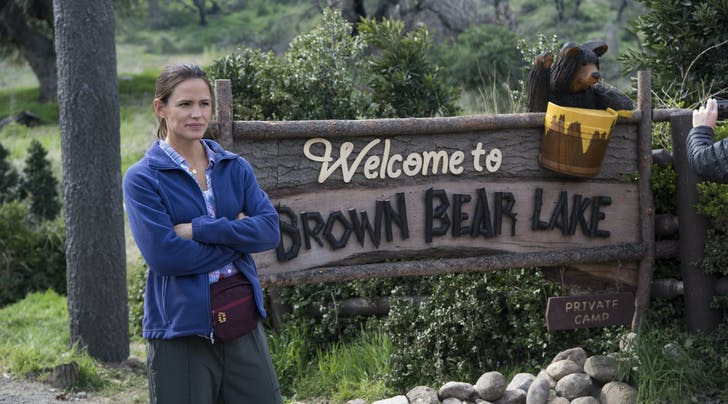 'Camping' Stars Share What It was Really Like Working with Jennifer Garner