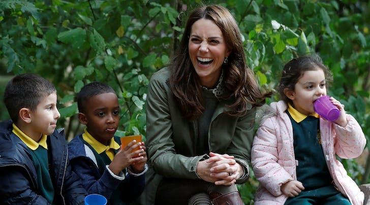 Kate Middleton, Brave Mom, Goes on 'Spider Hunts' with Prince George & Princess Charlotte