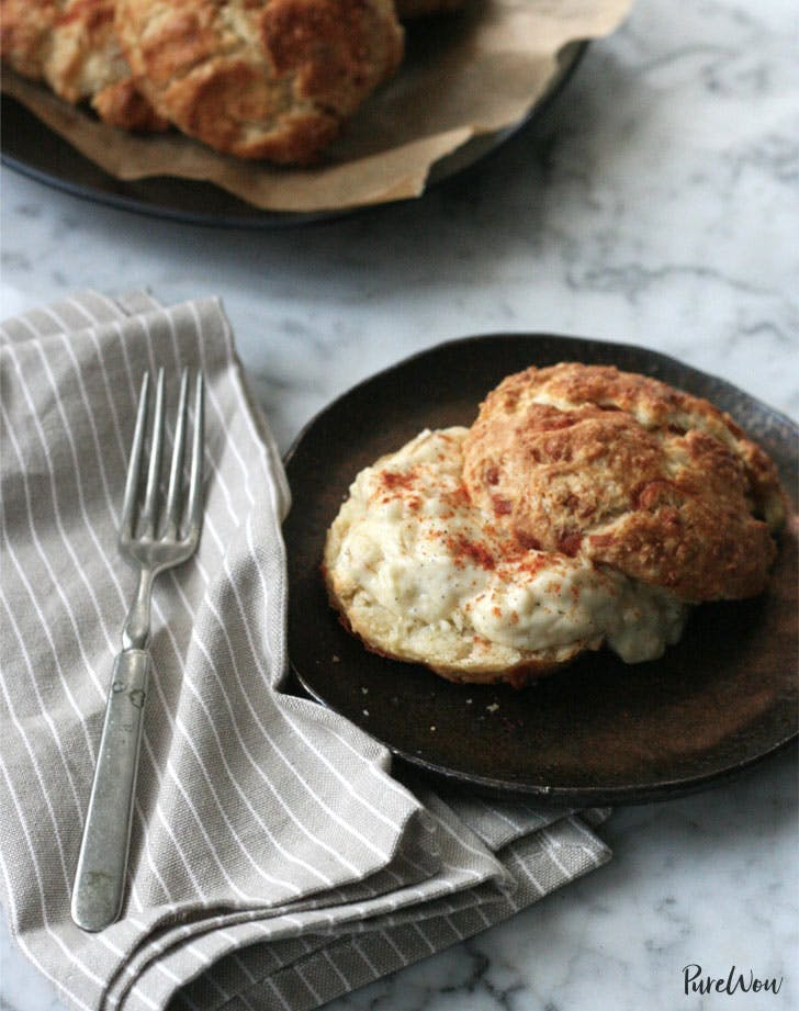 bacon cheddar biscuits1