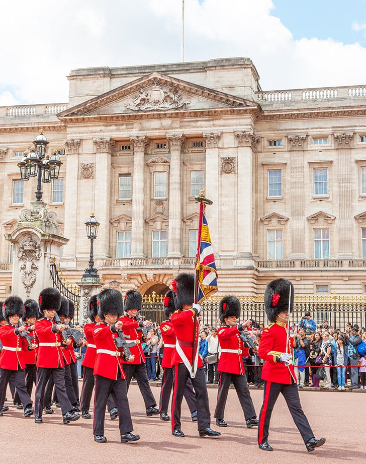 buckingham palacein london 1
