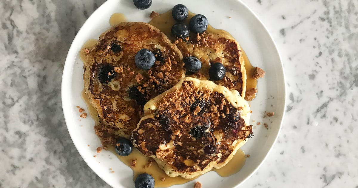 I Made Chrissy Teigen's Blueberry Cream Cheese Pancakes (and They Were Glorious)