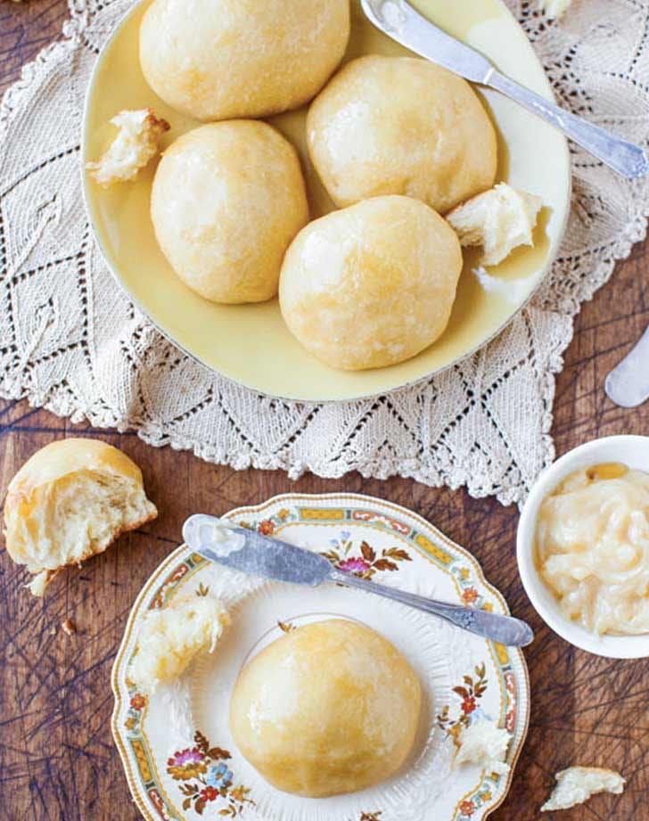 dinner roll honey butter