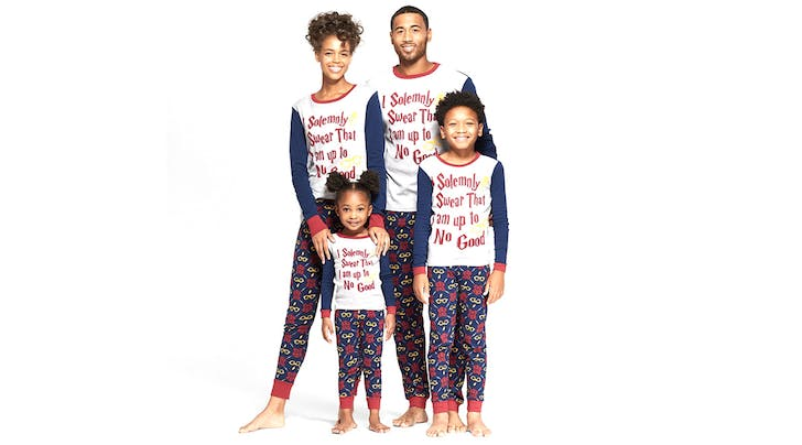 9ecec9fdc478 We re Going to Buy These Matching  Harry Potter  PJs for Our Entire Family