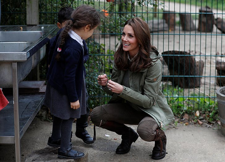kate middleton laughing little girl necklace