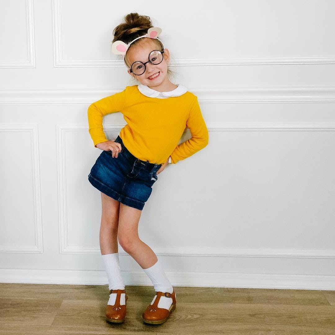 little girl dressed as arthur for halloween