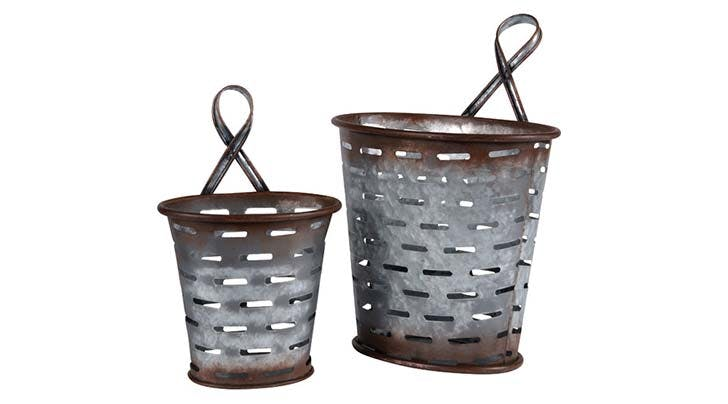 olive bucket decor 1