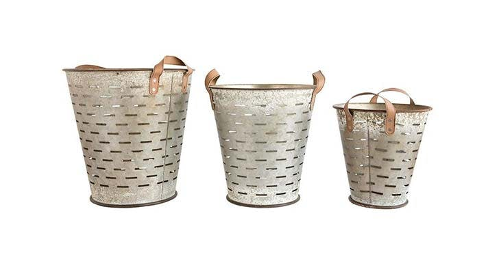 olive bucket decor 2