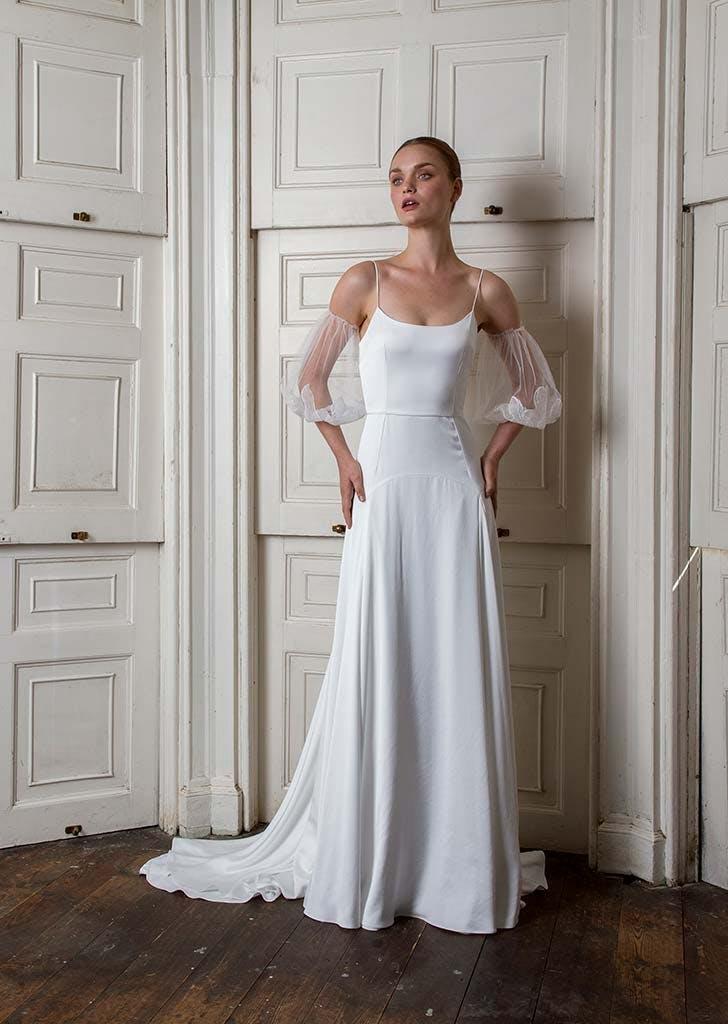 poet sleeves bridal trend 12