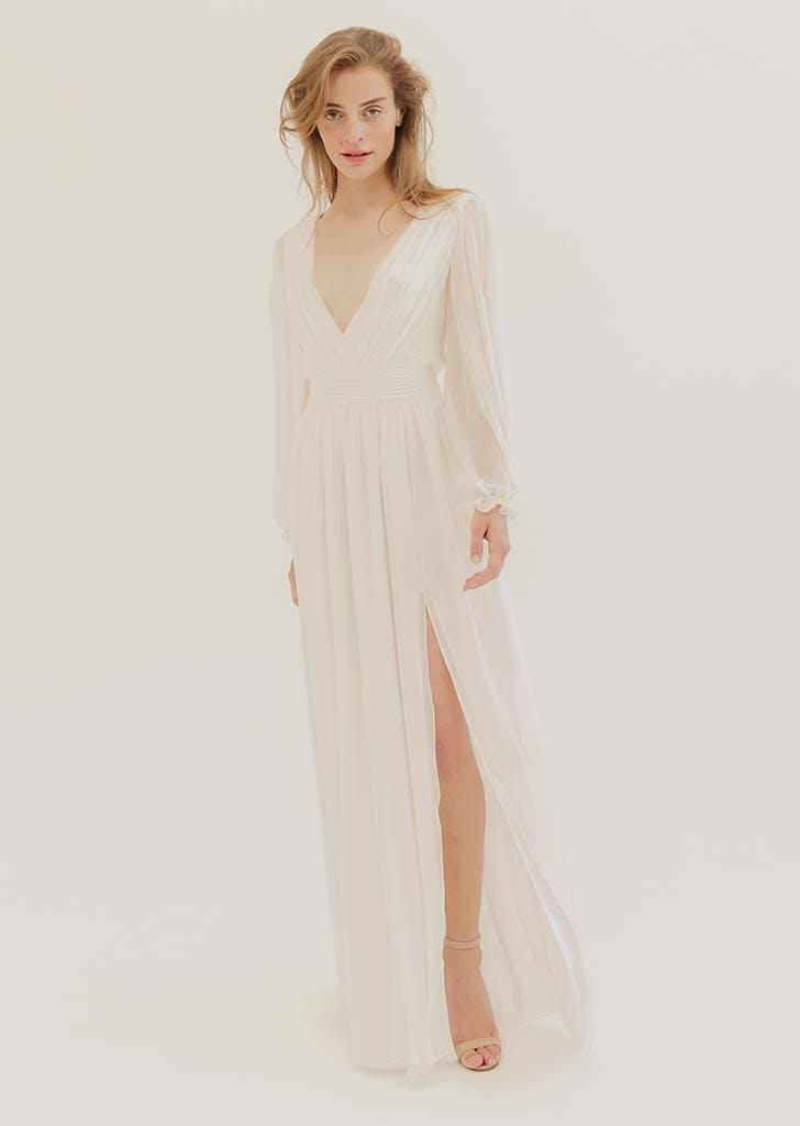 poet sleeves bridal trend 3