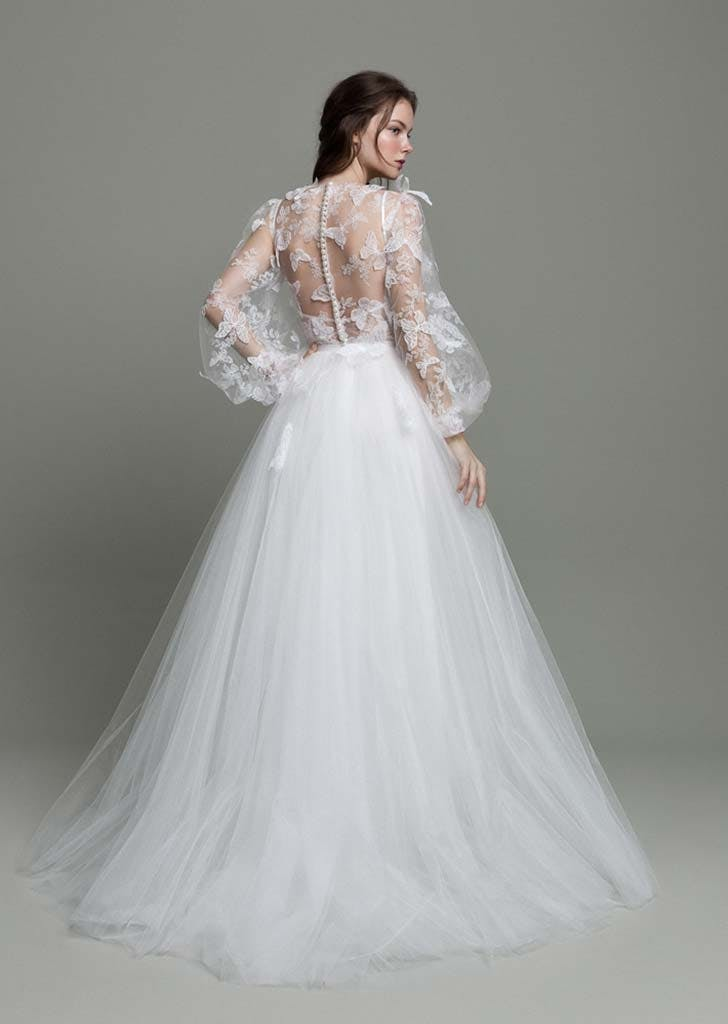 poet sleeves bridal trend 5