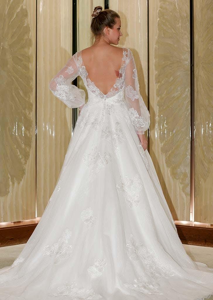 poet sleeves bridal trend 6