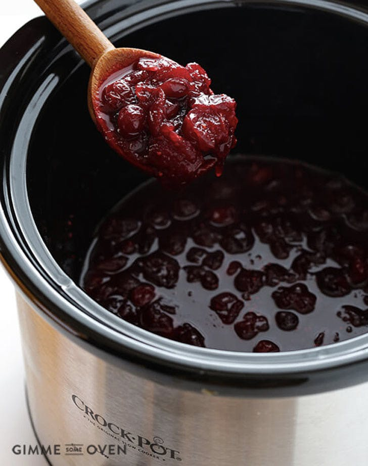 slow cooker thanksgiving recipes cranberry sauce