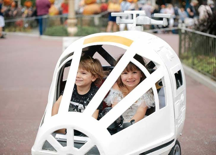 Spaceship Stroller at Disney World