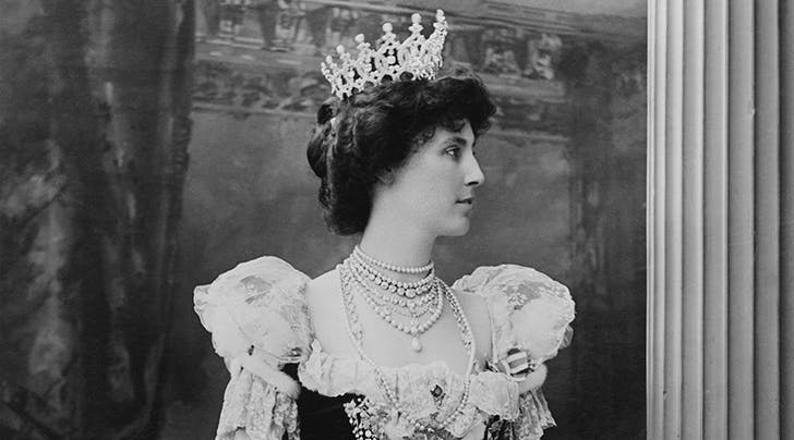 A British Royal Tiara 'Worth Millions' Was Just Stolen & We Swear It Wasn't Us