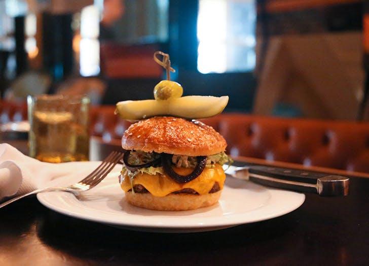 burger bourban steak miami