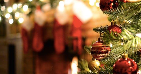 7 Genius Ways to Save This Holiday Season