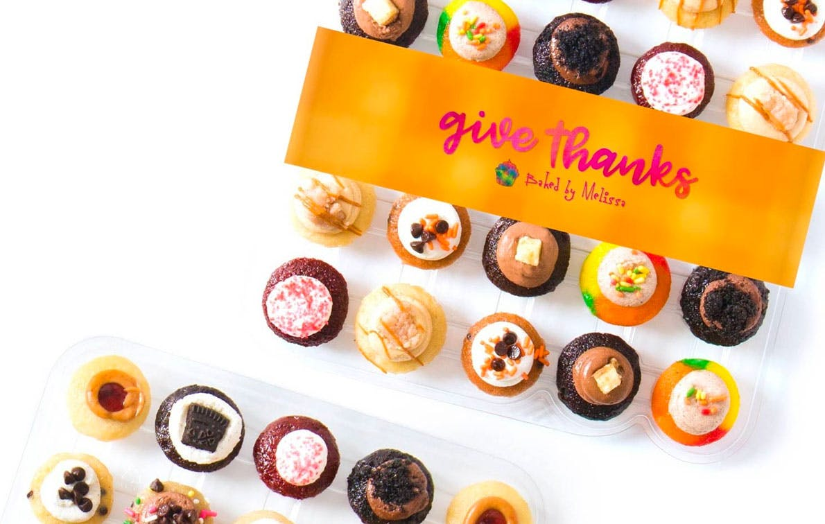 These Mini Cupcakes Come in the Most *Extra* Fall Flavors (& We're Hoarding the Caramel Apple Pie Ones)