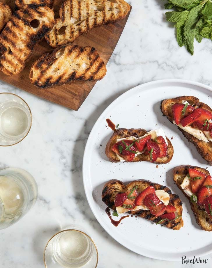 grilled cheese crostini christmas appetizers
