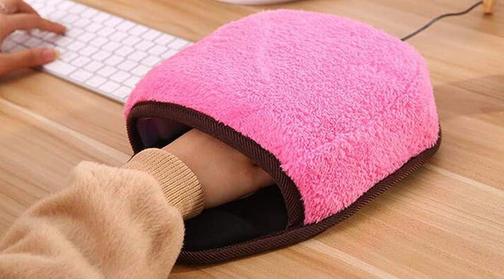 Freezing Office? You Clearly Need This Heated Mitten Mousepad