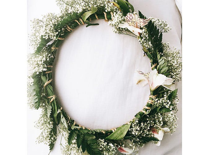 holiday decorations bloom wreath