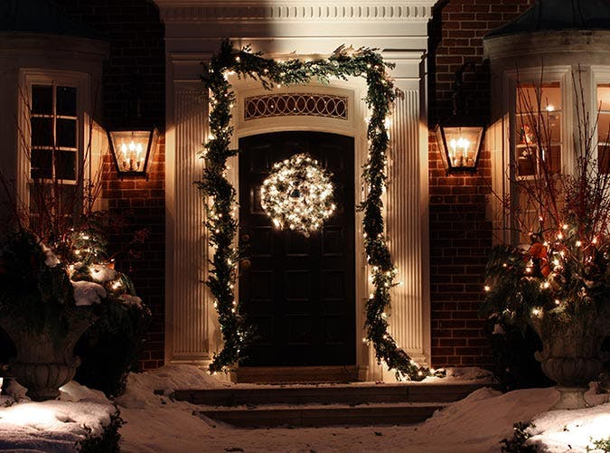 holiday decorations front door garland
