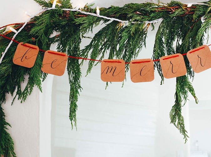 holiday decorations paper garland