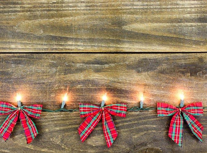 holiday decorations tartan bows