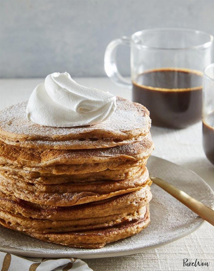 holiday breakfast gingerbread pancakes