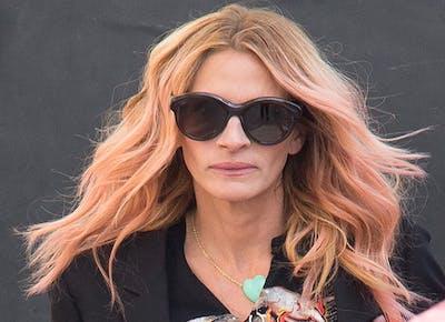 julia roberts pink hair