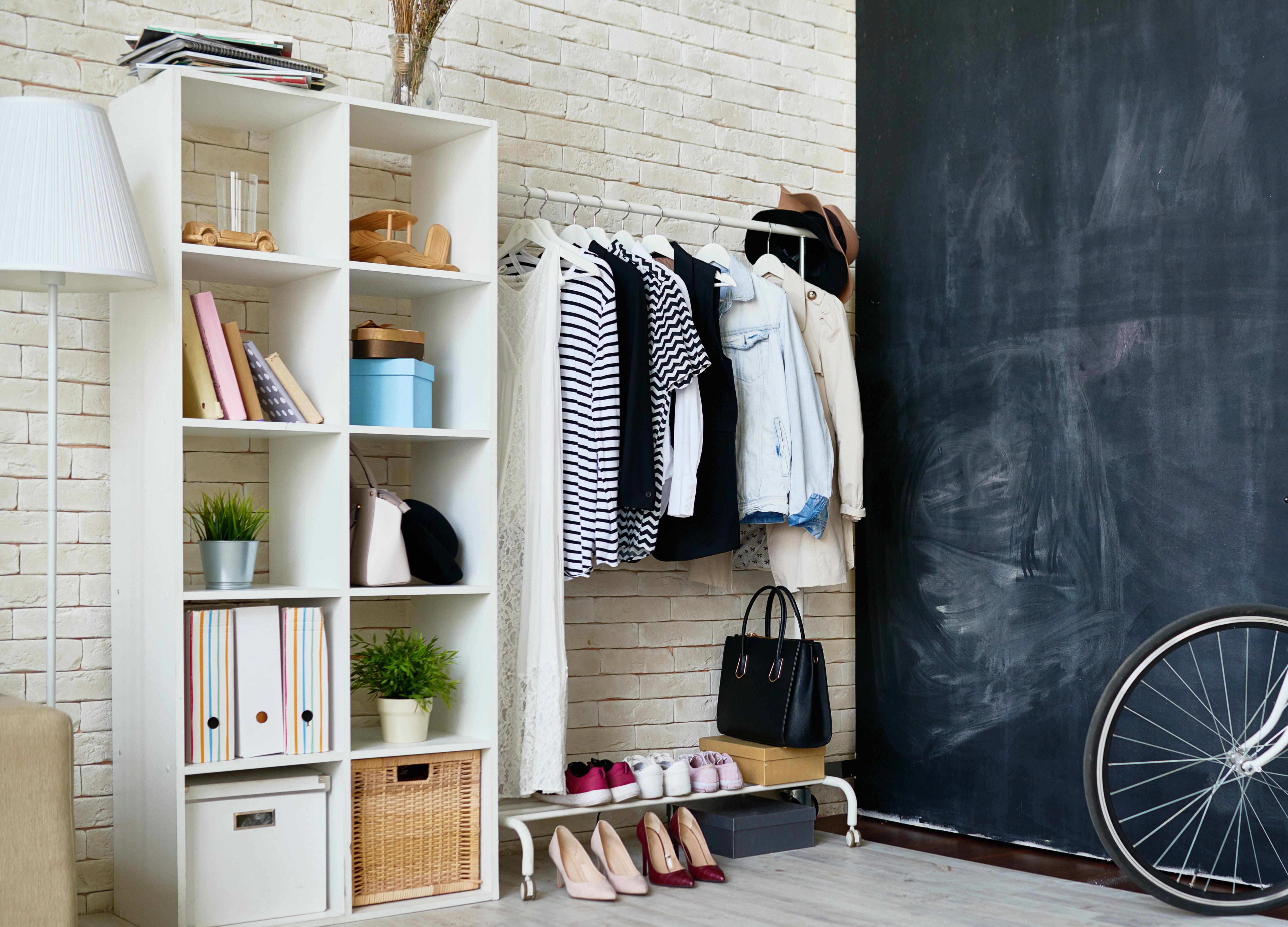 minimalist closet