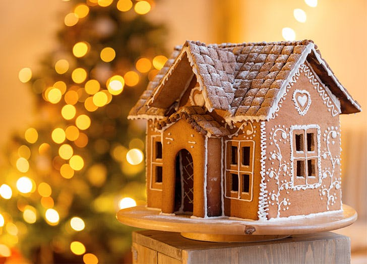 no candy gingerbread house