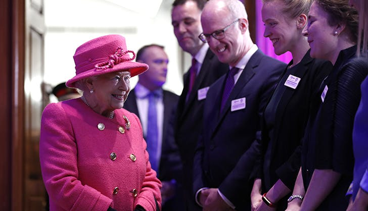 queen elizabeth hot pink matching outfit