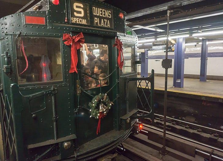 queens plaza train