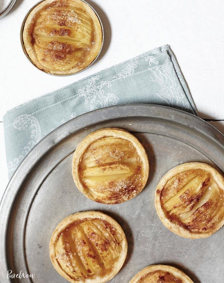 small holiday bites apple tarts