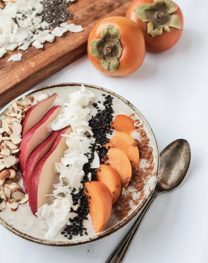 smoothie bowl with persimmons and pears recipe
