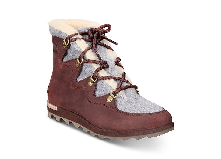 sorel alpine booties