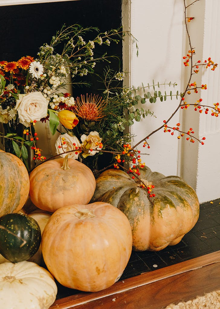 tasteful thanksgiving decor 3