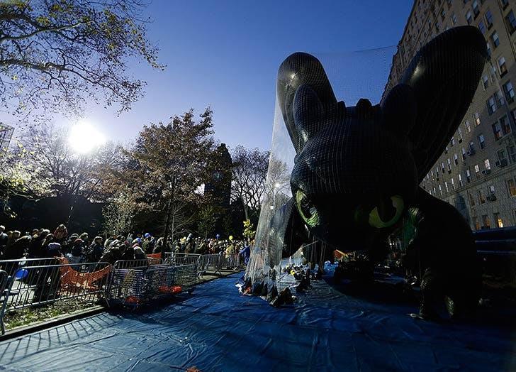 toothless dragon thanksgiving balloon