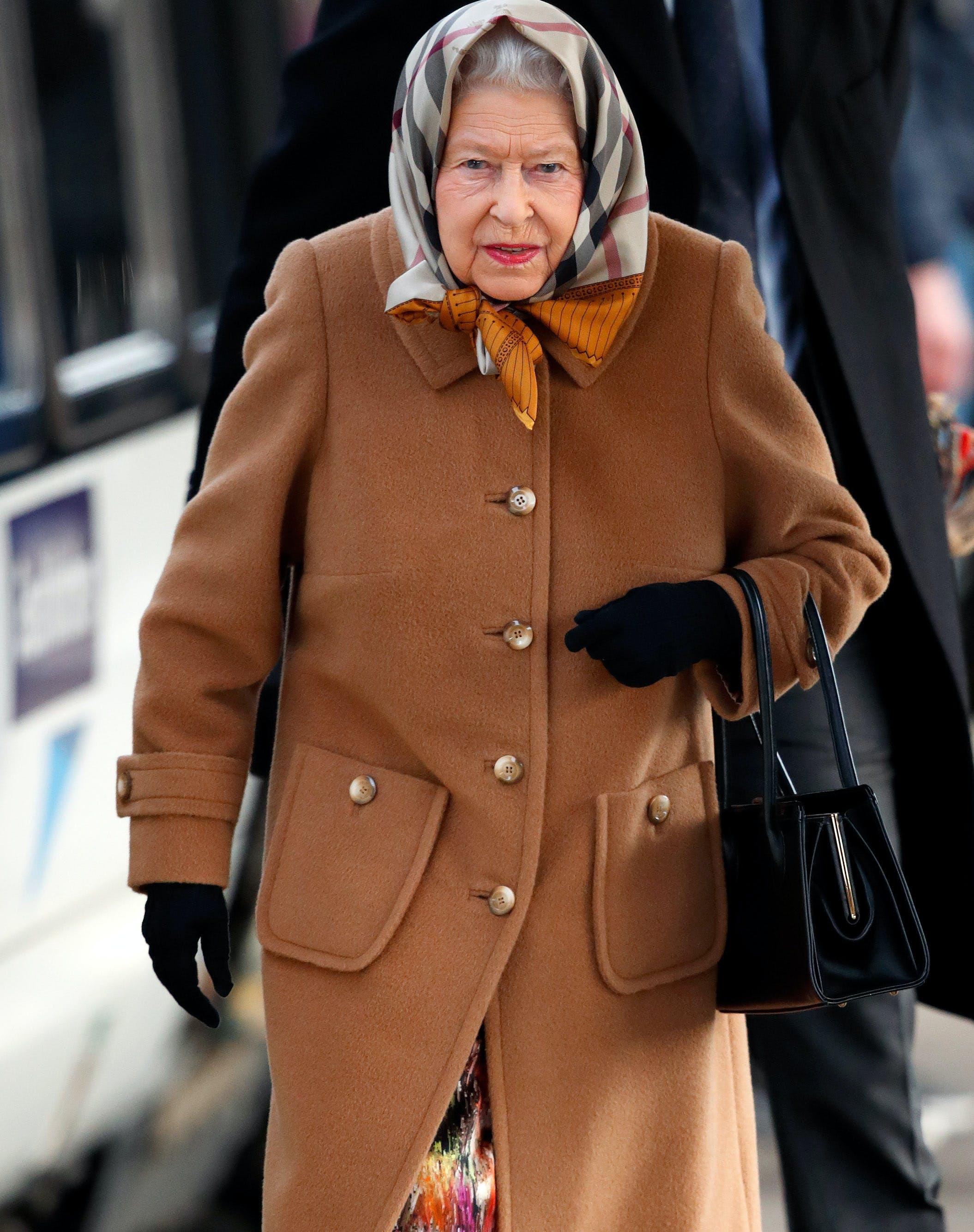 Queen Elizabeth Just Broke Her Number 1 Fashion Rule & Color Us Surprised