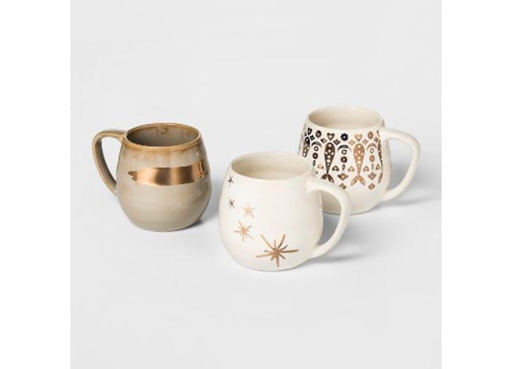 chrissy teigen holiday mugs