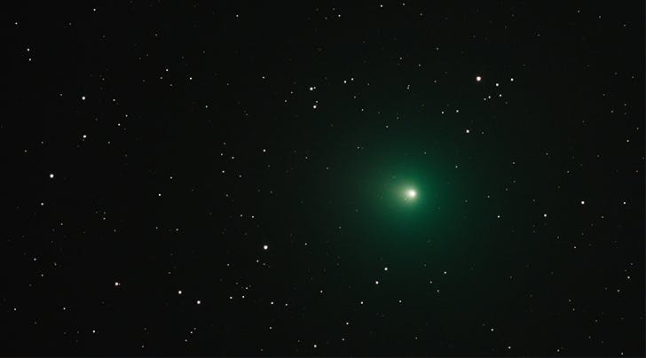 There's a 'Christmas Comet' in the Sky and You Might Not Need a Telescope to See It