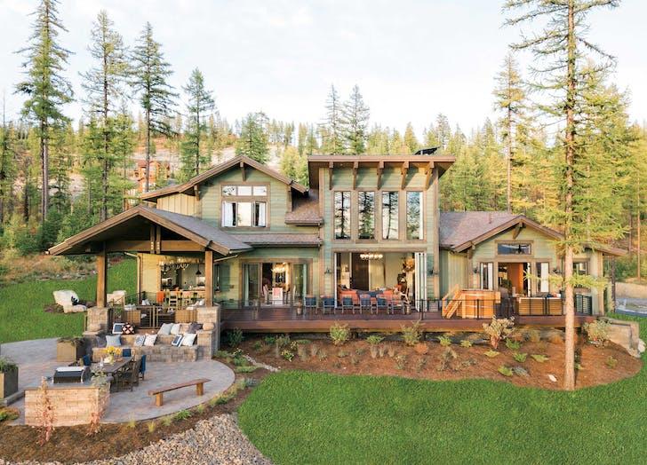 hgtv dream home backyard